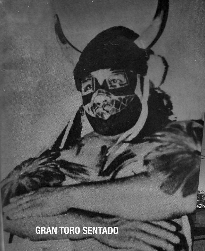 Mexikanischer Wrestler 1970er Gran Toro Sentado